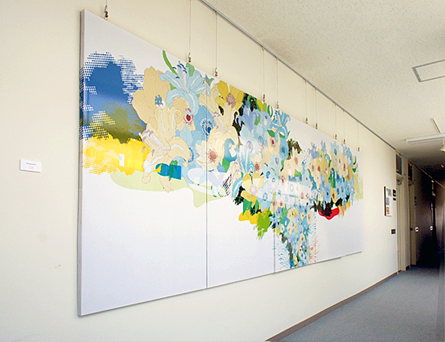卒業制作作品(2012年度 上代暁)の壁面展示